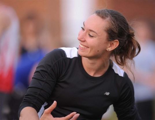 Chloé Henry evenaart Belgisch indoorrecord polsstokspringen
