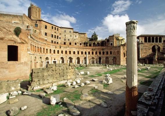De Markten van Trajanus, na zoveel eeuwen nog steeds in goeden doen, dankzij hun beton.
