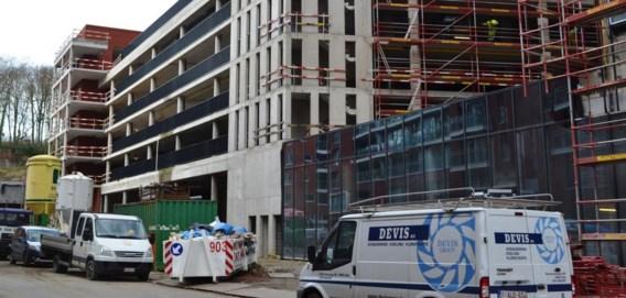 De nieuwste Albert Heijn-winkel op Belgische bodem komt onder de parkeergarage van het Engels Plein.