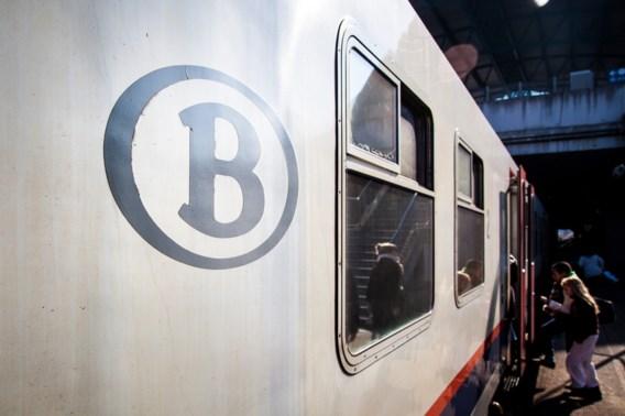 Extra treinen voor vakbondsbetoging in november leverden NMBS 1 miljoen euro op