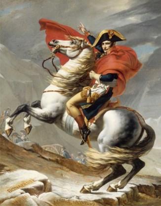 Napoleon door Jacques-Louis David. Toen ging het paardrijden nog goed.