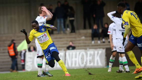 PROXIMUS LEAGUE. Sint-Truiden in extremis langs OHL, Antwerp wint traditiematch