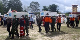 Zes lichamen gevonden tussen wrakstukken van vliegtuig Air Asia