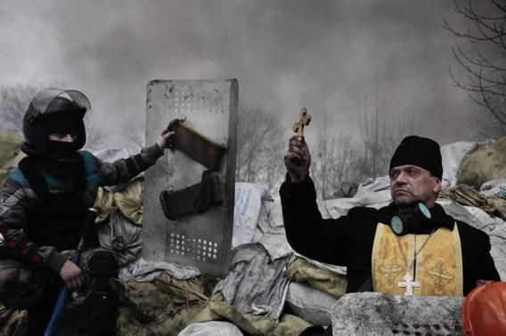 De Standaard-medewerker Jérôme Sessini viel verschillende keren in de prijzen  op de World Press Photo  met foto's die hij maakte in  Oekraïne, zoals hier in Kiev.Ooggetuige 22-25.
