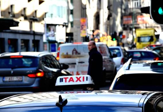 De taxisector moet modern, rendabel en concurrentieel zijn.
