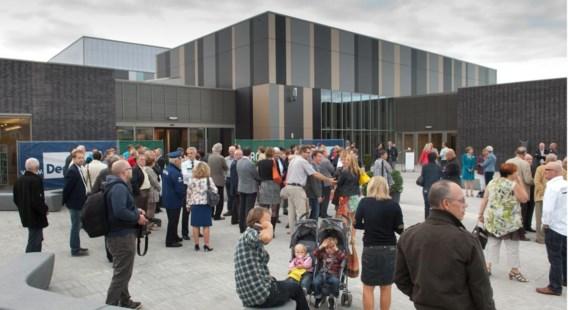 Politiekantoor en cafetaria liggen in het nieuwe Daverlocomplex.