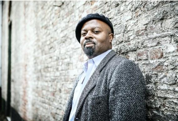 Ben Okri: 'Ik werkte als Miles Davis: er was al een heel rijke film, ik moest gewoon wat noten toevoegen, als poëzie.'