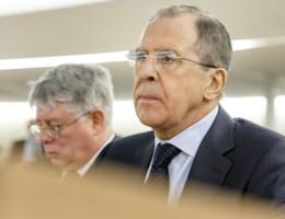 Lavrov waarschuwt: 'Politiseer moord op Nemtsov niet'