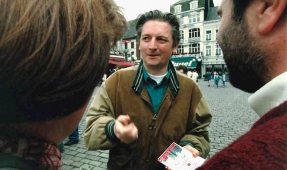 Steve Stevaert halfweg de jaren negentig bij een van zijn eerste verkiezingscampagnes in Hasselt.