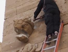 IS vernielt oude Iraakse stad Hatra met voorhamers