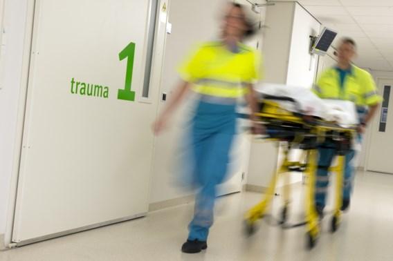 Meisje (15) zwaargewond na mishandeling met stoeptegel