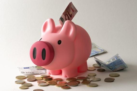 Betuttelend gedrag van ouders maakt jongeren financieel dom