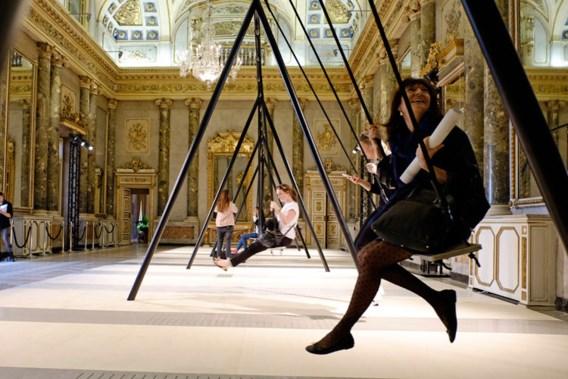 'Schommelen door een barokke spiegelzaal'
