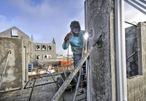 Kleine bedrijven in onder meer de bouwsector zouden het moeilijk krijgen om nog een preventiedienst te vinden.