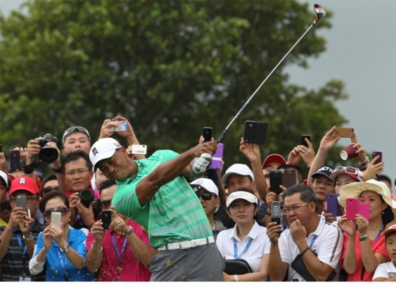 Golflegende Tiger Woods zal zijn naam aan een prestigieuze golfbaan in Peking lenen, maar riskeert zich daarmee weinig populair te maken bij president Xi.