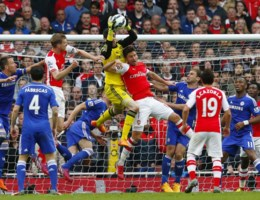 Arsenal houdt flauw Chelsea in bedwang