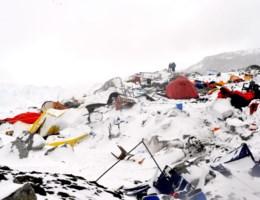 Video toont lawine op Everest