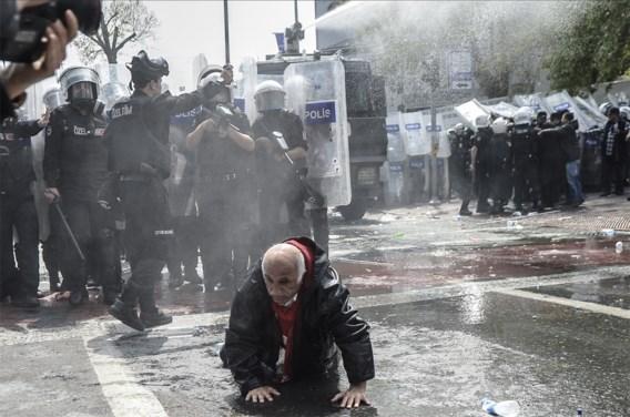 Protest tegen manifestatieverbod op Taksimplein
