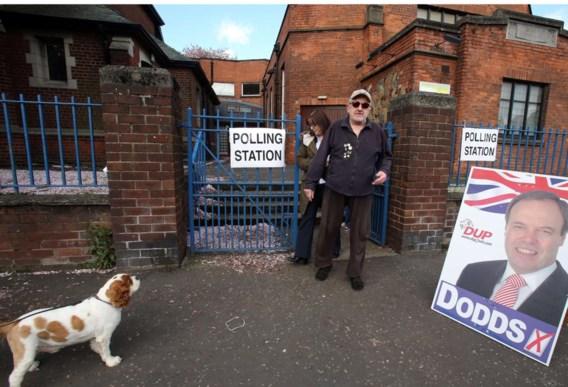 Ook in het Noord-Ierse Belfast trokken kiezers gisteren naar het stem lokaal.