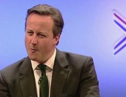 Britse partijleiders zingen 'Let's get it on'