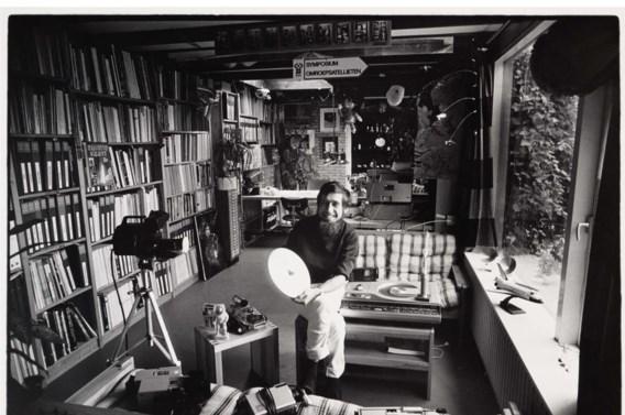 Chriet Titulaer wist in de jaren tachtig met zijn fascinatie voor astronomie enthousiast de huiskamer te veroveren.