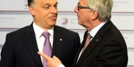 Juncker begroet Orban: 'Welkom dictator'