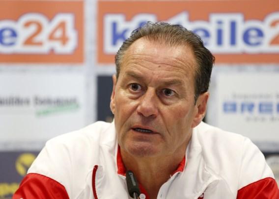 Huub Stevens vertrekt bij VfB Stuttgart