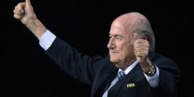 Blatter blijft