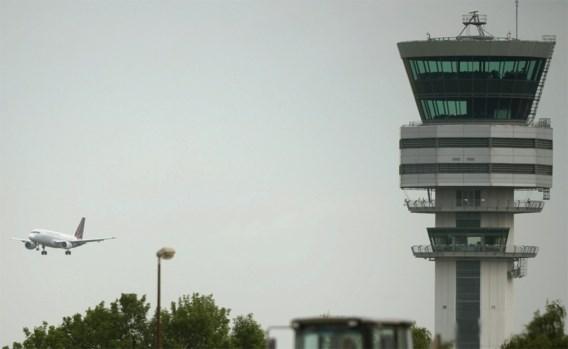 Luchtverkeersleider zondagavond opnieuw volledig operationeel
