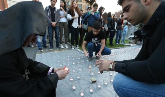 Eind april werden in Brussel kaarsjes geplaatst aan het monument ter herdenking van de Armeense genocide.