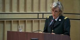 Prinses Astrid steunt vrouwen in het leger