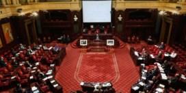 Senaat verkoopt halsoverkop onethische aandelen