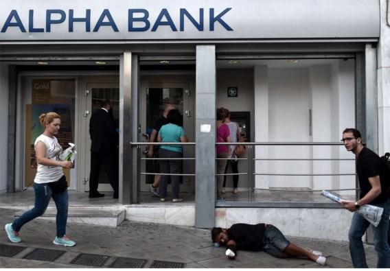 De Grieken hebben dit jaar al 30 miljard euro van hun rekeningen gehaald.