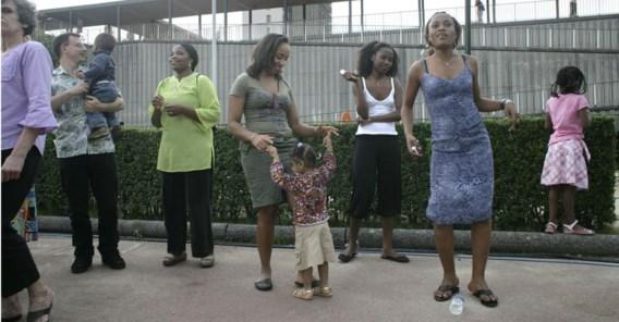 Afrikaanse moeders van bezuiden de Sahara ondergaan twee- tot driemaal vaker dan Belgische moeders een keizersnede.