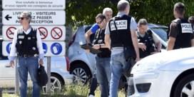 LIVE. Minister Cazeneuve: 'Verdachte is Yacine Sali'