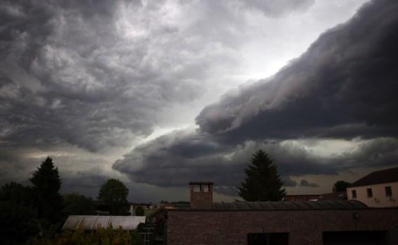 Onweer op komst, mogelijk met hagel en windstoten