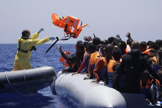 Meer dan 10.000 bootvluchtelingen gered door Europese zoek- en reddingsacties