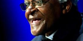 Desmond Tutu in ziekenhuis
