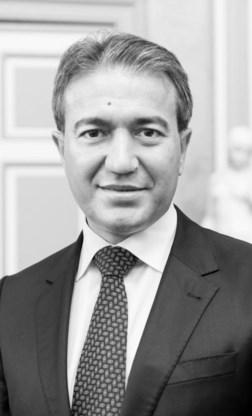 Emir Kir.