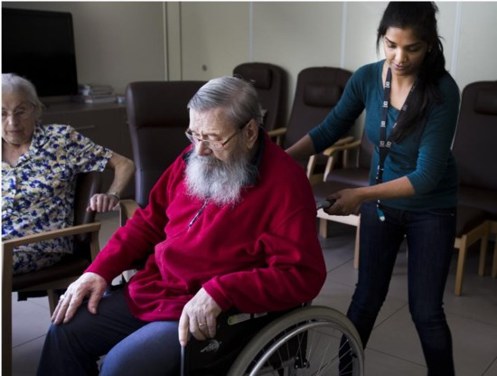 'Het tekort in de ziekteverzekering heeft mogelijk verdere besparingen ten koste van de patiënt tot gevolg.'