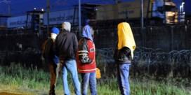 'Problemen in Calais kosten Belgische transportsector tot 450.000 euro per dag'