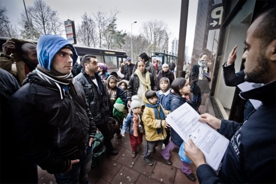 Bijna twee derde van Belgen vindt dat er te veel migranten zijn