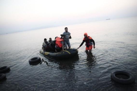 """<p>Migranten komen toe op het eiland Kos. <span class=""""credit"""">afp</span></p>"""