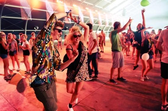 Tourist Lemc start feesteditie Pukkelpop echt (en krijgt een gouden plaat)