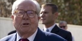 Jean-Marie le Pen uit eigen partij gezet