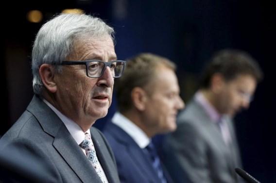 Juncker: 'Vluchtelingenkampen in brand steken: dat is niet Europa'