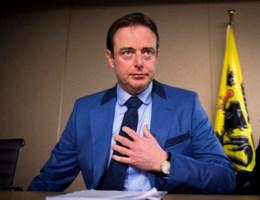 De Wever: 'Europa moet totaal ander asielbeleid voeren'