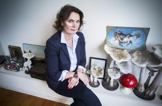 Marie-Puck Broodthaers: 'Het bewaren en doorgeven van mijn vaders oeuvre is intensief werk, maar ik heb het aanvaard.'