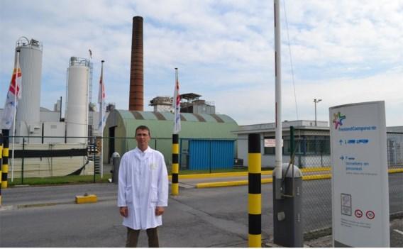 Plant manager Bart Van Helleputte aan de FrieslandCampina-site in Sleidinge.