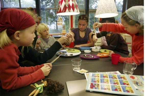 In Sudburyscholen hebben de onderwijzers hun autoriteit aan de leerlingen teruggegeven.